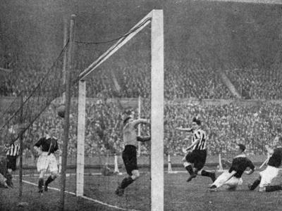 Jack Allen Heads Newcastle's First Goal, Fa Cup Final, Wembley, London, 1932