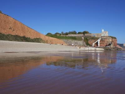 https://imgc.allpostersimages.com/img/posters/jacob-s-ladder-clock-tower-and-sidmouth-beach-devon-england-united-kingdom-europe_u-L-PFNI130.jpg?p=0