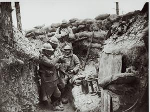 Soldiers Eating in an Advanced Post in the Champagne Region, 1916 by Jacques Moreau