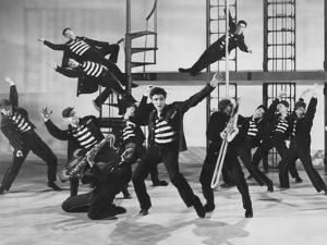 Jailhouse Rock, Elvis Presley (Center), 1957