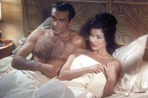 James Bond 007 contre Docteur No DR. NO by TerenceYoung with Sean Connery (James Bond 007), Eunice