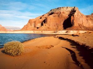 Dungeon Canyon, Lake Powell, Utah by James Denk