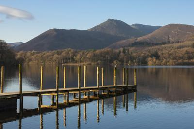Causey Pike from the boat landing, Derwentwater, Keswick, Lake District National Park, Cumbria, Eng