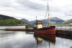 Loch Fyne, Inveraray Harbour, Vital Spark, Argyll, Scotland by James Emmerson