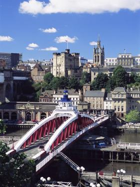 Swing Bridge and Castle, Newcastle (Newcastle-Upon-Tyne), Tyne and Wear, England, United Kingdom by James Emmerson