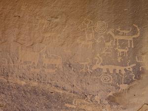 Petroglyphs Near Una Vida, Chaco Culture National Historic Park, New Mexico, USA by James Hager