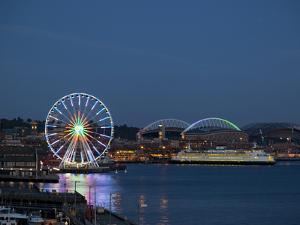 The Seattle Great Wheel, Seattle, Washington, USA by Jamie & Judy Wild