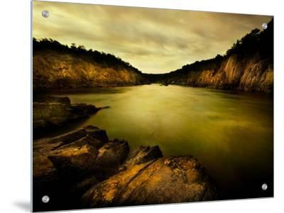 Golden Waters Cliffside by Jan Lakey