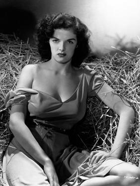 """Jane Russell. """"The Outlaw"""" 1943, Directed by Howard Hughes"""