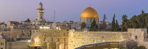 Israel, Jerusalem, Old City, Temple Mount, Dome of the Rock and The Western Wall - know as the Wail by Jane Sweeney