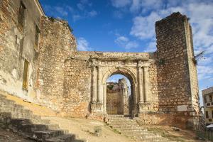 Monasterio De San Francisco, Colonial Zonesanto Domingo, Dominican Republic, West Indies, Caribbean by Jane Sweeney