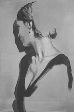 She's Peeking by János Huszti
