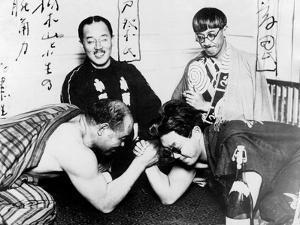 Japanese Arm Wrestling
