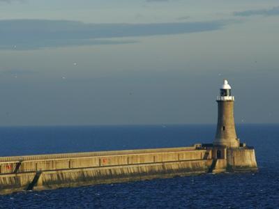 North Pier Lighthouse