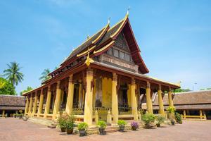 Wat Si Saket (Wat Sisaket) Temple, Vientiane, Laos, Indochina, Southeast Asia, Asia by Jason Langley