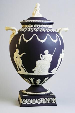 https://imgc.allpostersimages.com/img/posters/jasperware-amphora-circa-1970-wedgwood-manufacture-england_u-L-PRBTHO0.jpg?p=0