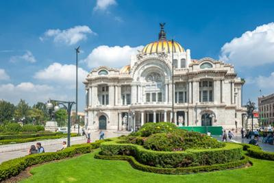 Palacio De Bellas Artes, Mexico City by javarman