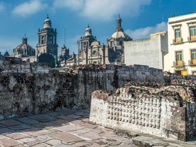 Templo Mayor, the Historic Center of Mexico City by javarman