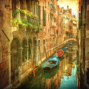Vintage Image of Venetian Canals by javarman