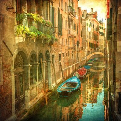 Vintage Image of Venetian Canals by javarman