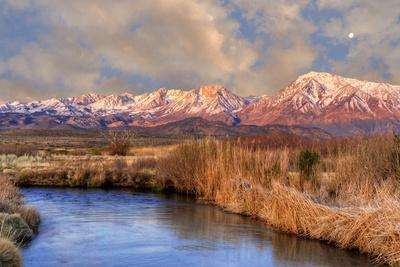 California, Sierra Nevada Mountains. Moon over Mountains and Owens River