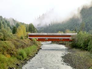 Office Covered Bridge over the Willamette River, Westfir, Oregon, USA by Jaynes Gallery