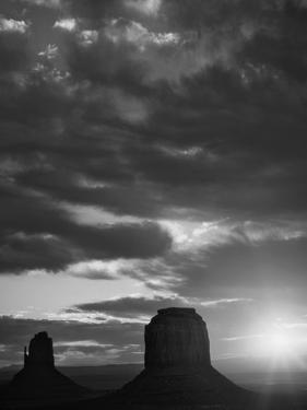 USA, Arizona, Monument Valley. Black and white of sunrise silhouettes of formations. by Jaynes Gallery