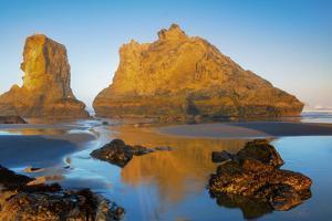 USA, Oregon, Bandon. Sunrise on beach. by Jaynes Gallery