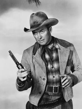 Je suis un aventurier THE FAR COUNTRY by AnthonyMann with James Stewart, 1955 (b/w photo)