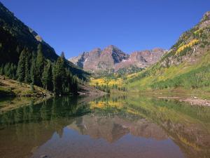 Maroon Bells, Aspen, Colorado, United States of America, North America by Jean Brooks