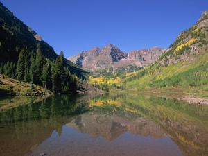 Maroon Bells, Aspen, Colorado, United States of America, North America by Jean Brooks