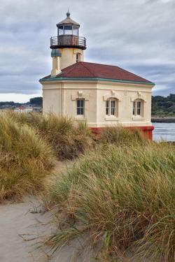 USA, Oregon, Bandon. Scenic of Coquille River Lighthouse by Jean Carter