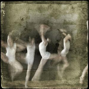 Dancing Motion V by Jean-François Dupuis