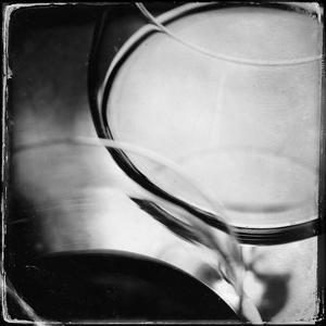 Wine Glass 4 by Jean-François Dupuis
