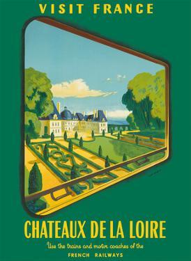 France Loire Valley Castles (Châteaux De La Loire) - French Railways (SNCF) by Jean Garcia