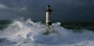 Phare d'Ar-Men lors d'une tempete by Jean Guichard