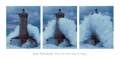 Phare du Four Dans la Vague by Jean Guichard