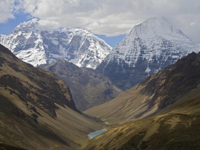 A View of the Himalaya Mountains Along the Chomolhari Trek
