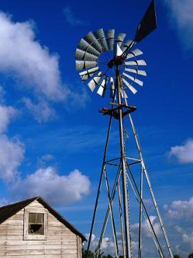Wind-Driven Water Pump, FL by Jeff Greenberg
