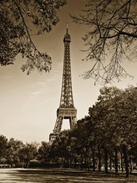 An Afternoon Stroll in Paris II by Jeff Maihara