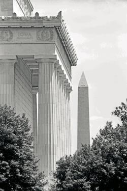 Lincoln Washington Memorials II by Jeff Pica