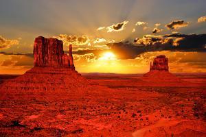Arizona Sunrise by Jeni Foto