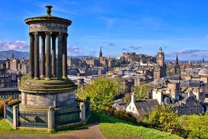 Classic Edinburgh View by Jeni Foto