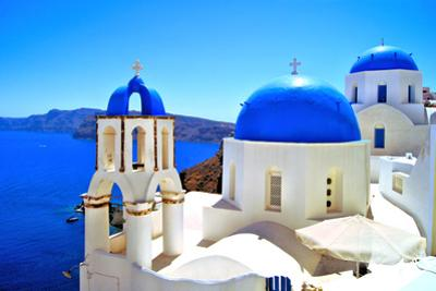 Classic Greek Scene by Jeni Foto
