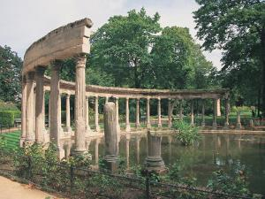 Parc Monceau, Paris, France by Jennifer Broadus