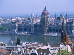 Parliment and the Danube River, Budapest, Hungary by Jennifer Broadus