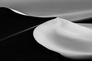 Sand Dunes by Jenny Qiu
