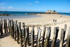 St Malo, Brittany, France by Jeremy Horner