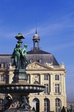 Place De La Bourse, Bordeaux, France by Jeremy Lightfoot