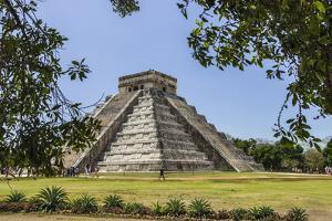 Ancient step pyramid Kukulkan at Chichen Itza, Mexico. by Jerry Ginsberg